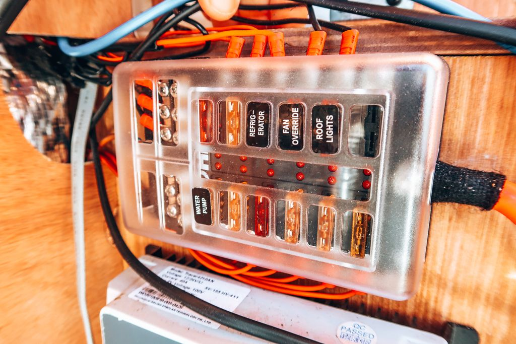 12v fuesboard camper electrical system