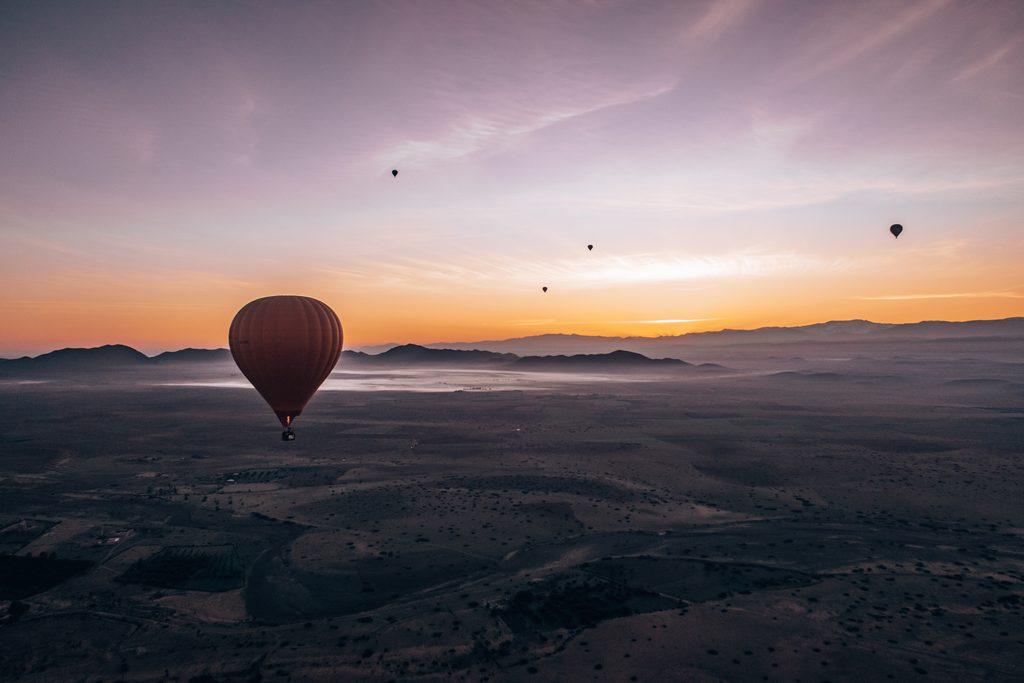 hot air balloon ride in marrakech