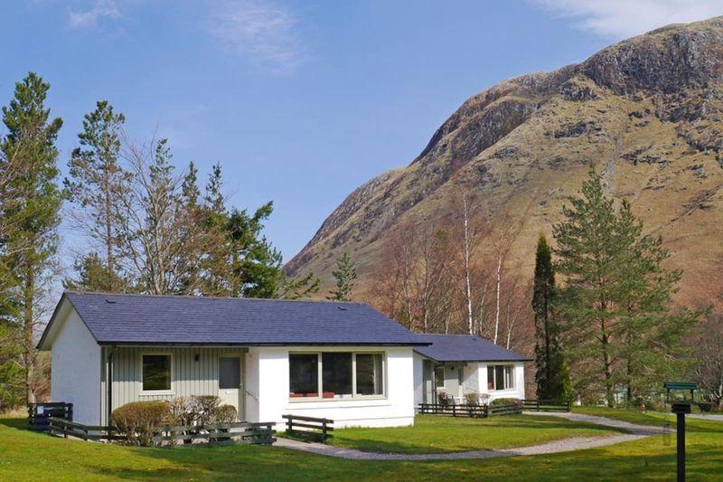 Detached Superking Cottage, Glen Nevis Airbnb