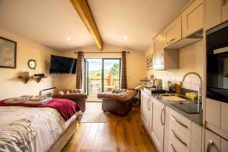 The Hideaway Scotland Airbnb