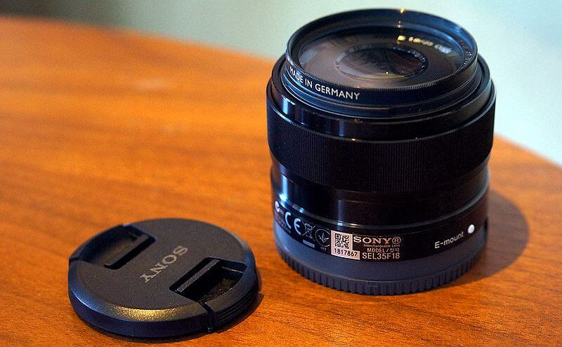Sony 35mm f/1.8 lens
