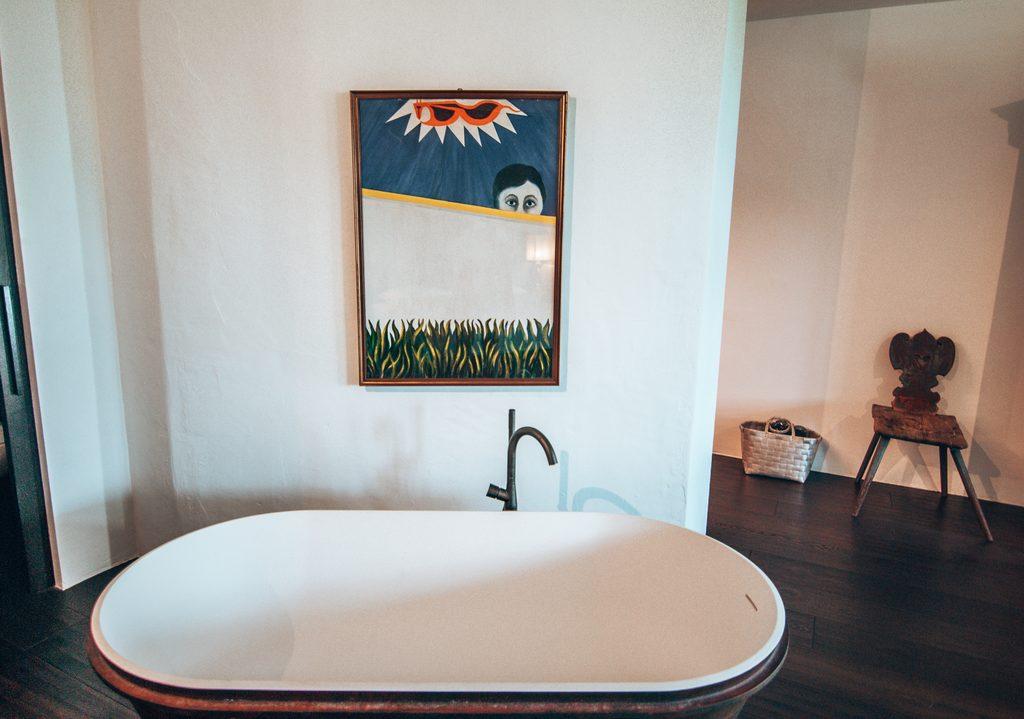 bathtub at romantik hotel turm