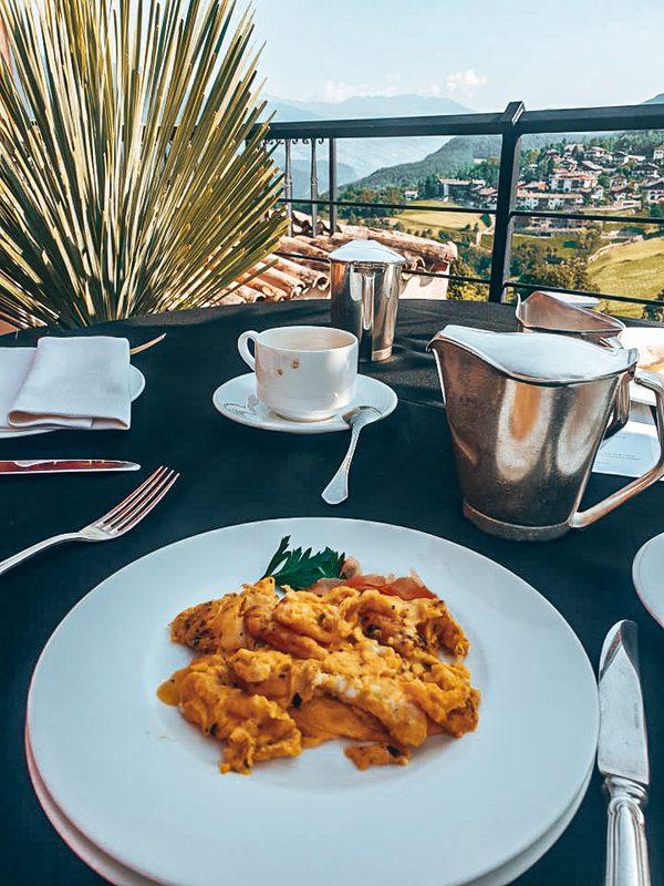 egg menu at romantik hotel turm