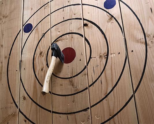 Big Axes Indoor competitve axe throwing