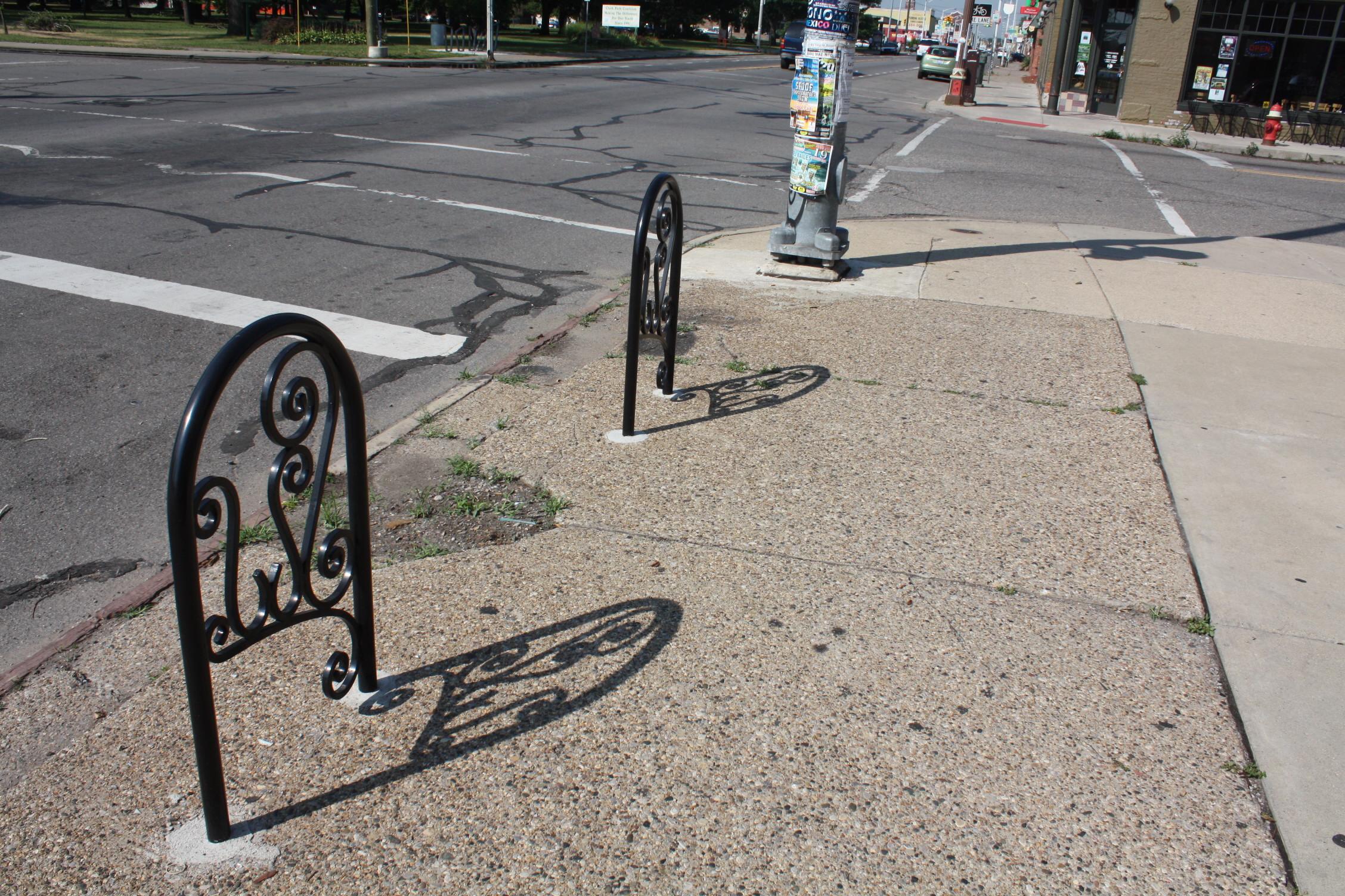 Diseños Ornamental Iron Detroit Custom Made Bike Racks