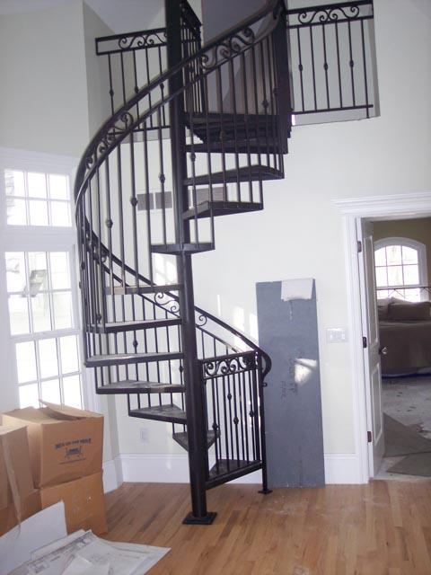 Diseños Ornamental Iron Detroit Custom Made spiral staircase