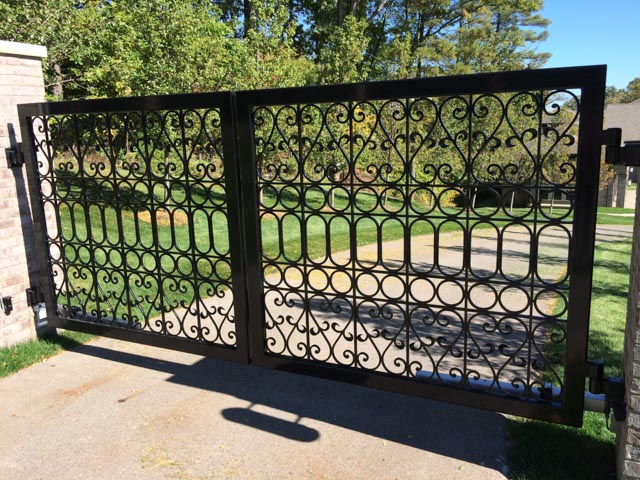 Diseños Ornamental Iron Detroit Custom Made gate