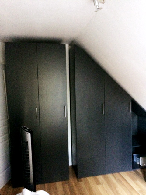 nos meubles sous pente sur mesure dessinetonmeuble. Black Bedroom Furniture Sets. Home Design Ideas
