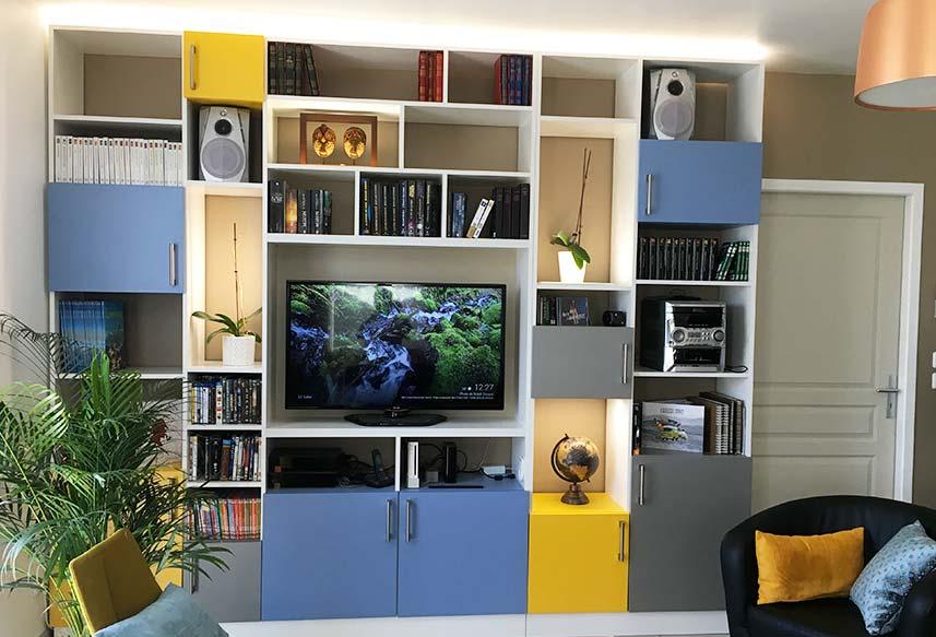 Meuble TV coloré