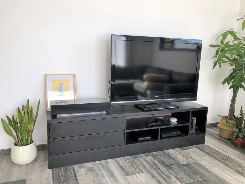 meuble TV noir sur mesure