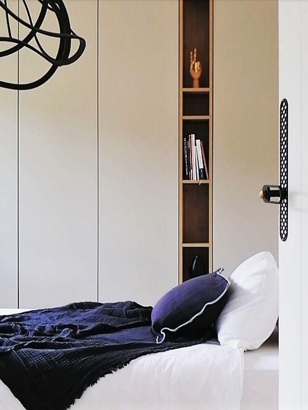 Armoire blanche et niche bois sur mesure