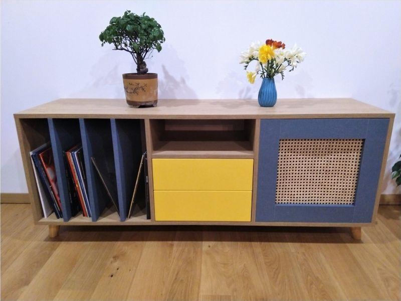 meuble bas jaune bois bleu