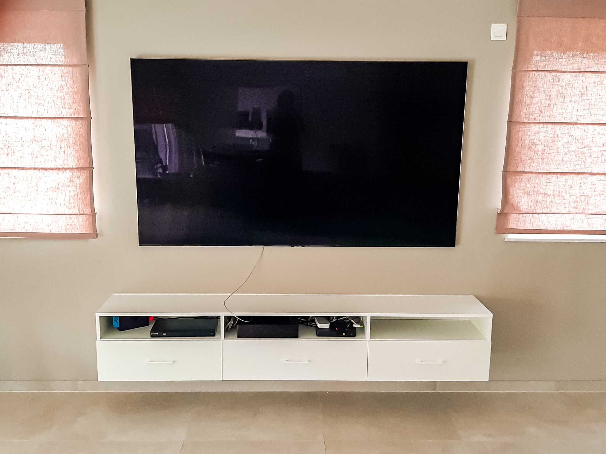 meuble tv blanc suspendu