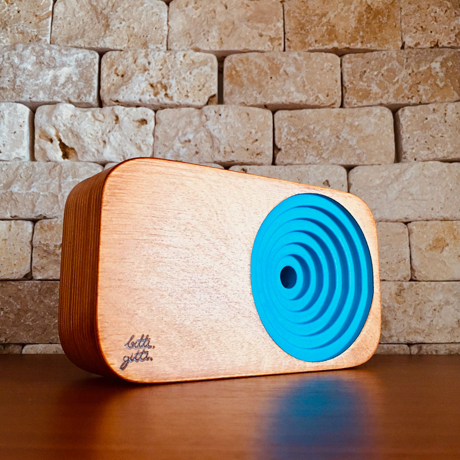 blue the wooden sound system