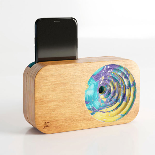 Custom color marbling with the wooden sound systems