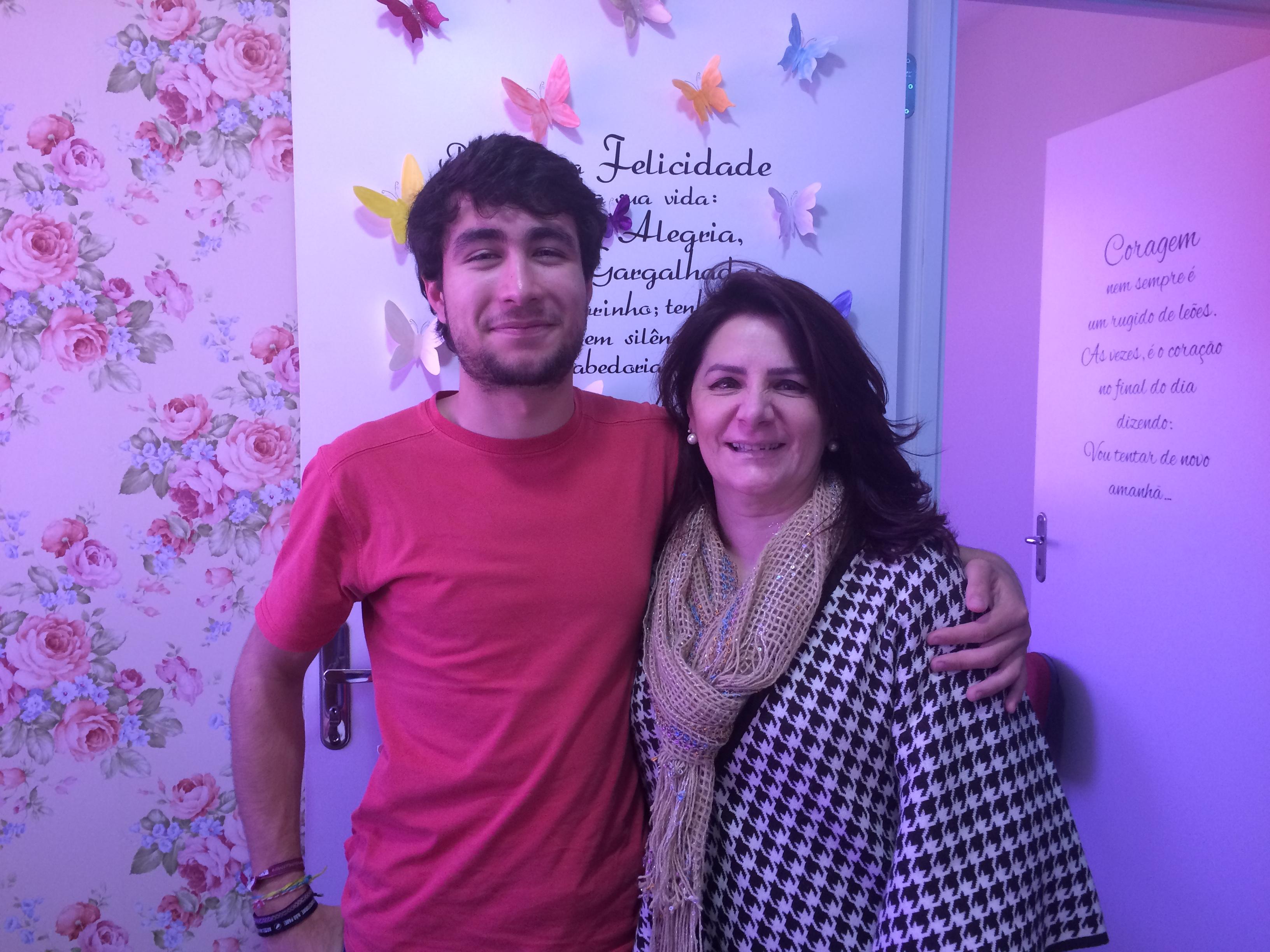 Angela Gardinalli com aluno