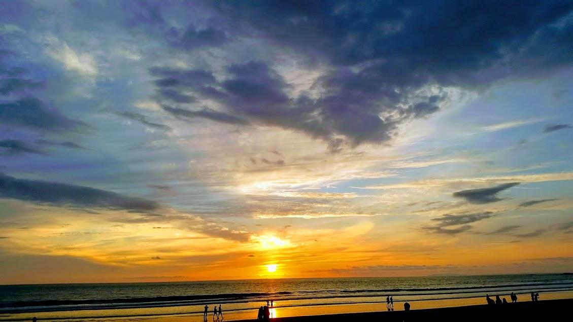 Espectacular atardecer en el Pacifico de Costa Rica