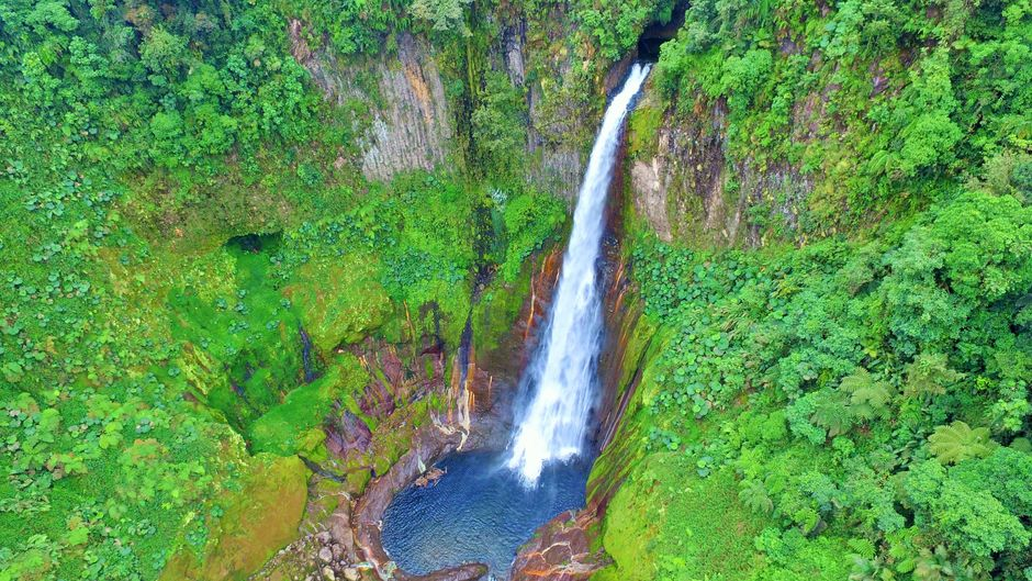 an aerial picture of Costa Rica bajos del toro waterfall