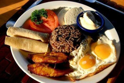 image of a plate of gallo pinto breakfast, a costarican typical food