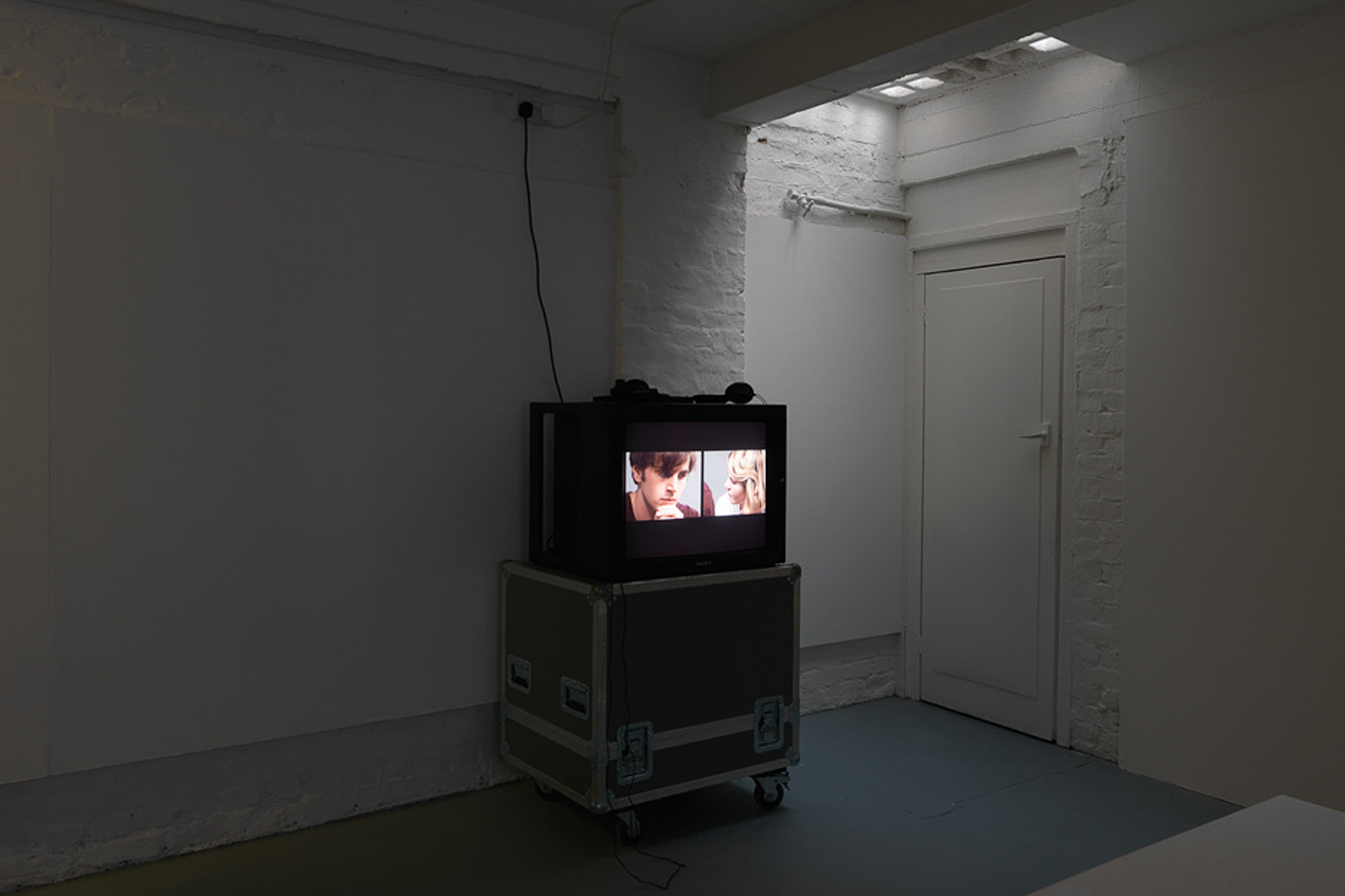 Anja Kirschner and David Panos, Living Truthfully Under Imaginary Circumstances. Courtesy of Hollybush Gardens and Tenderpixel.
