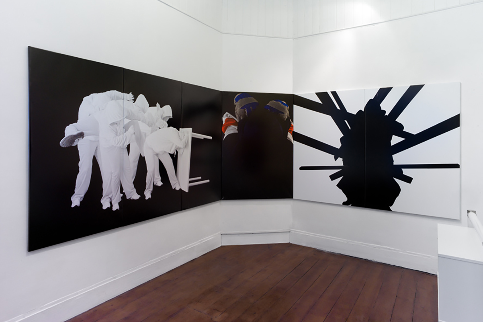 Tina Hage, Gestalt (statur #203), Gestalt (build #101)  and Gestalt (guise #023), 2011