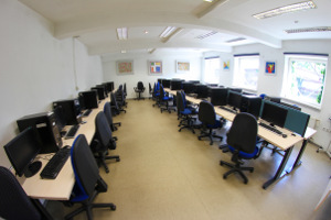 Sala komputerowa - Aula 4