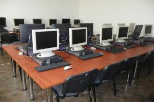 Sala komputerowa 215
