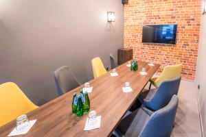 Sala Business Room