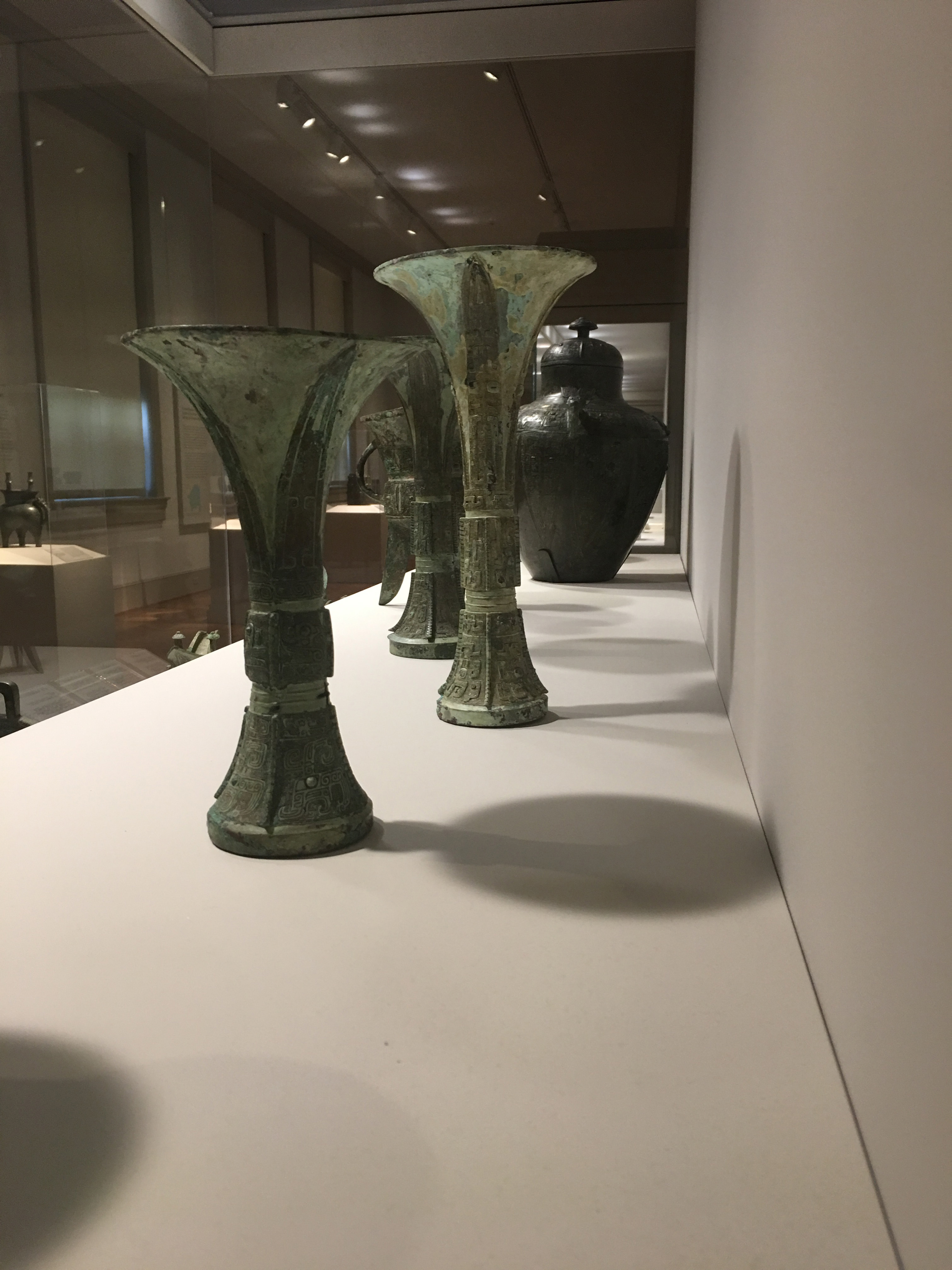 Group of Chinese Archaic Bronze Gu-Form Vases, St. Louis Art Museum, New York Auction House, Houston Auction, Dallas Auction, San Antonio Auction, Chinese Auction, 觚, 青铜, 中国艺术拍卖