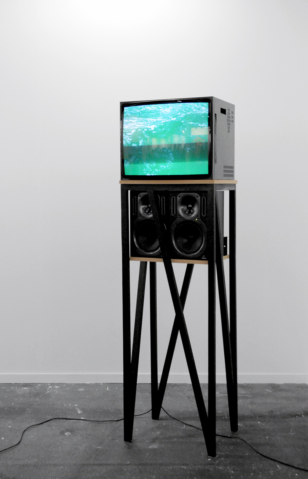 David ferrando Giraut, MF (Anthem), 2013. Digital video with sound in CRT monitor, active speakers, wood and MDF.