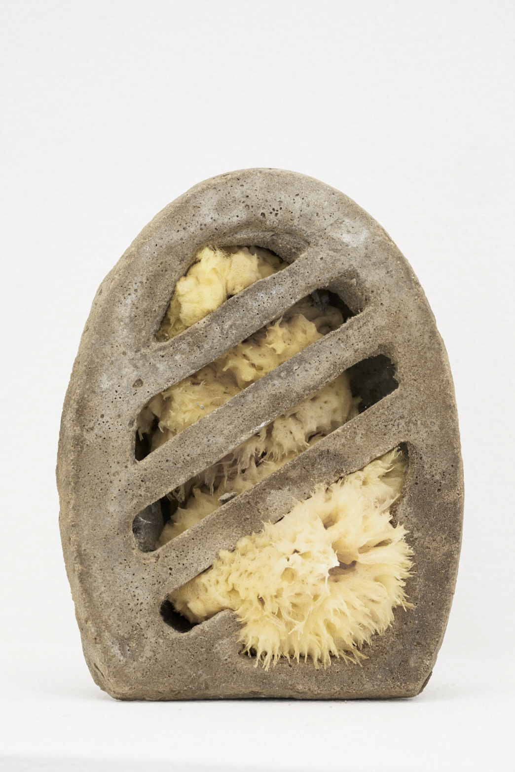 Victoria Adam, Wholemeal breeze (sponge, wine, vinegar), 2018, Cement, sponge, vinegar