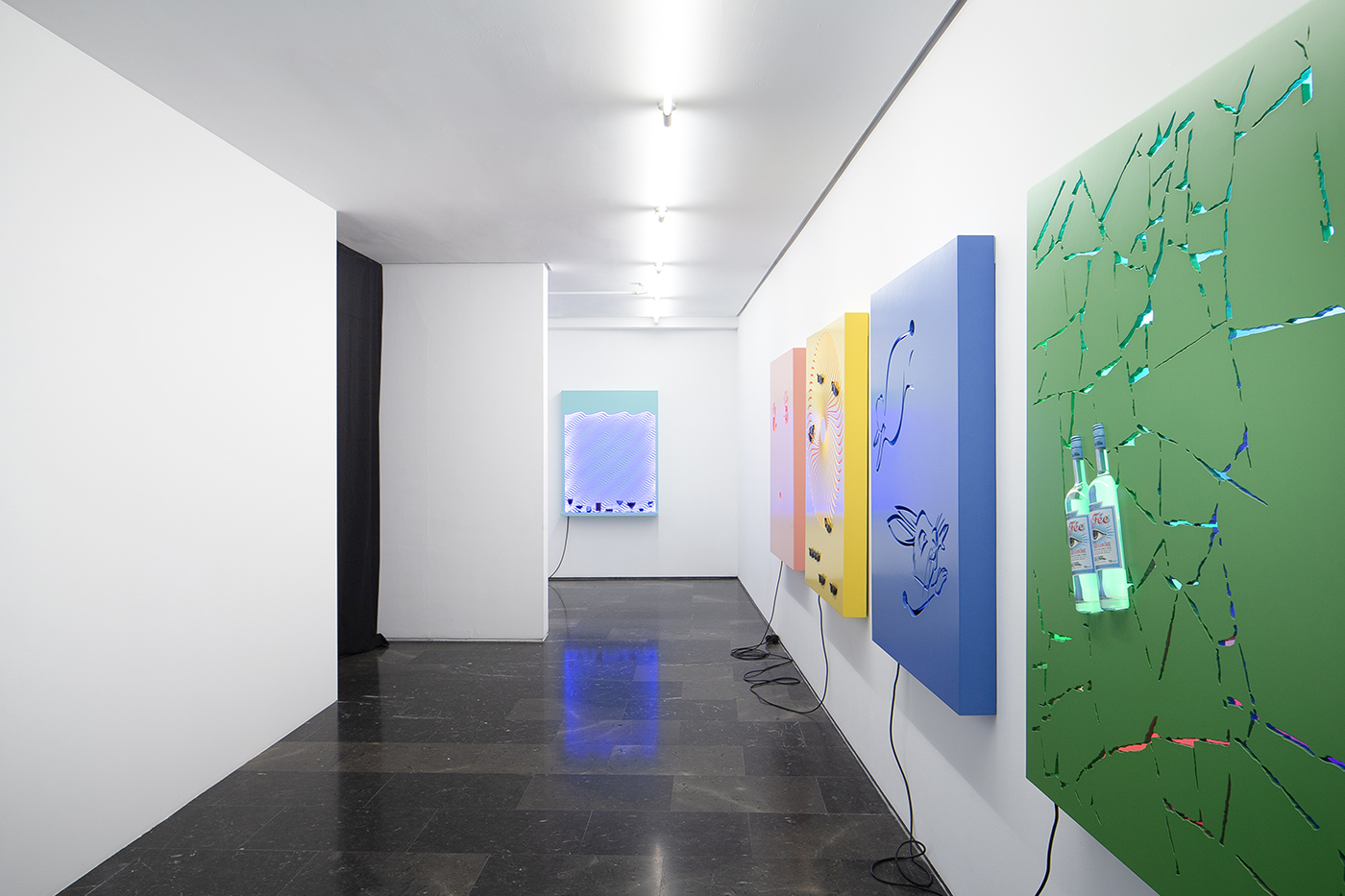 David Ferrando Giraut, Installation view of his solo show, La part maudite, 2018 at Luis Adelantado, Valencia, Spain