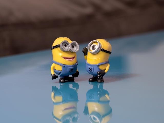 minions talking