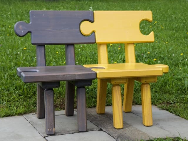 puzzle chairs