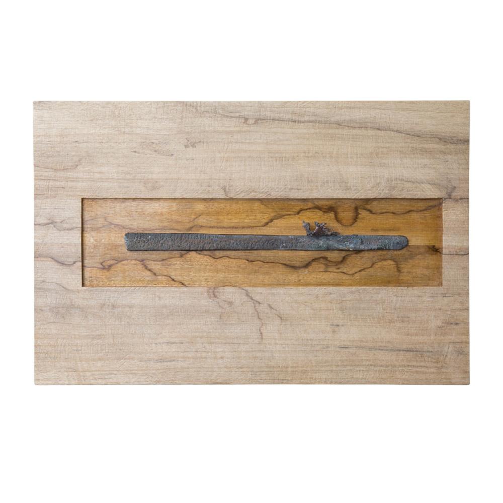 # 09, brons, hout door Veri Wisman