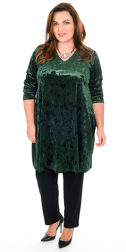 This image shows a beautiful plush devore tunic from Yoek teamed with Q'neel silky jersey trousers.