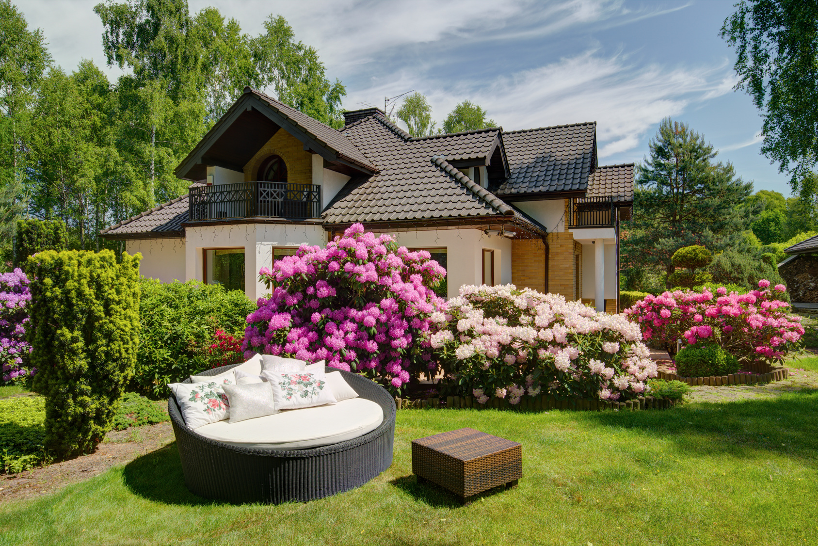 Why Now is the Time to Invest in Custom Built Homes