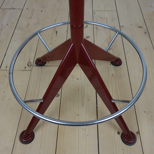 Velca swivel stool