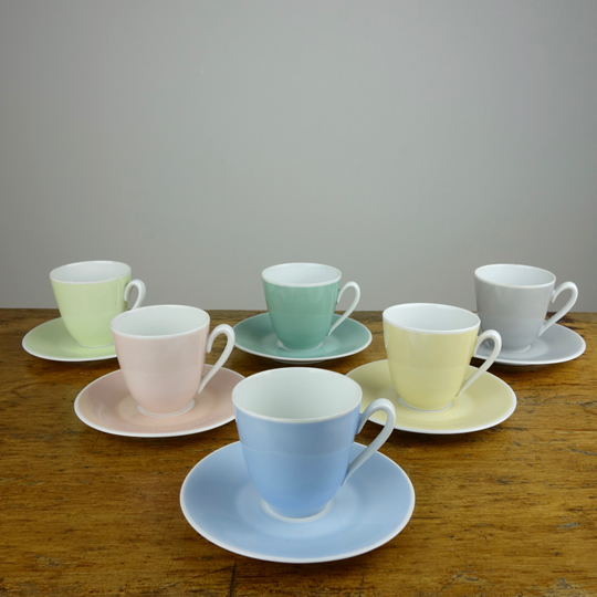 Colour tea set by Zeh Scherzer