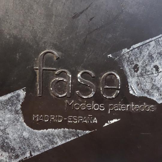 Falux E-18 Desk Lamp by Fase