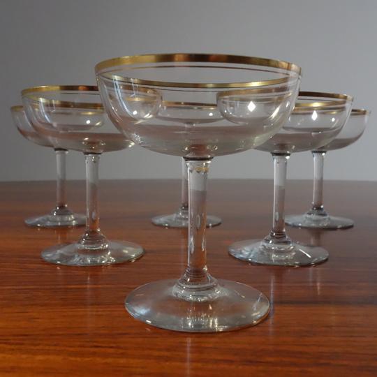 Vintage gold rimmed glasses (V.S.L)