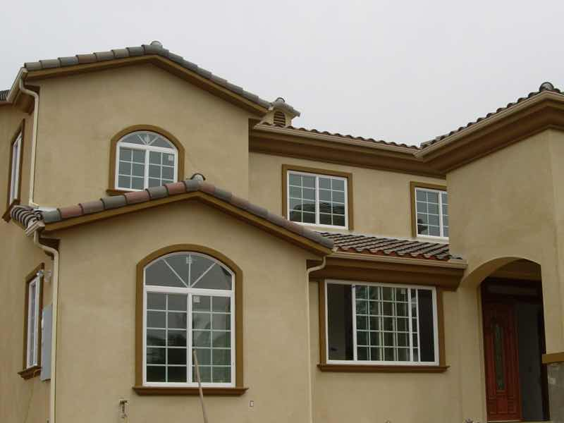 La Verne CA home with a new rain gutter installed.