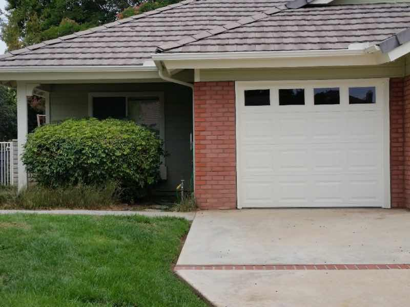 Riverside CA home with a new rain gutter installed.