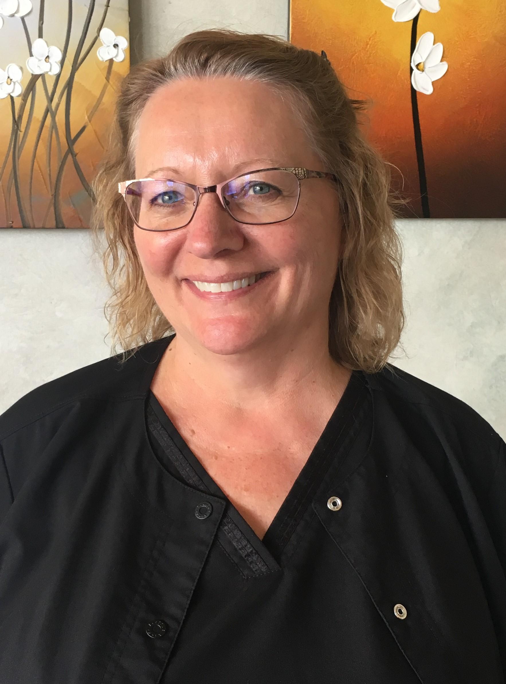Ellen Dental Assistant