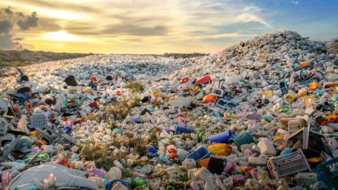 Leading World Companies Vow To Prevent 10 Million Metric Tons of Global Plastic Waste