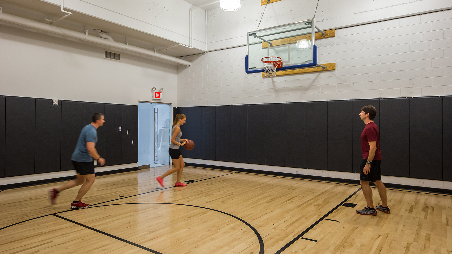 Mercedes club luxury health and fitness club in manhattan for Indoor basketball court installation