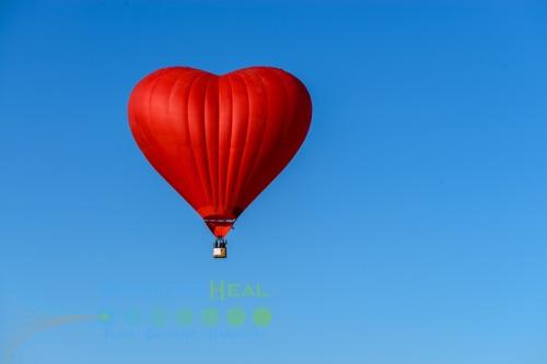 Photo of heart hot air balloon