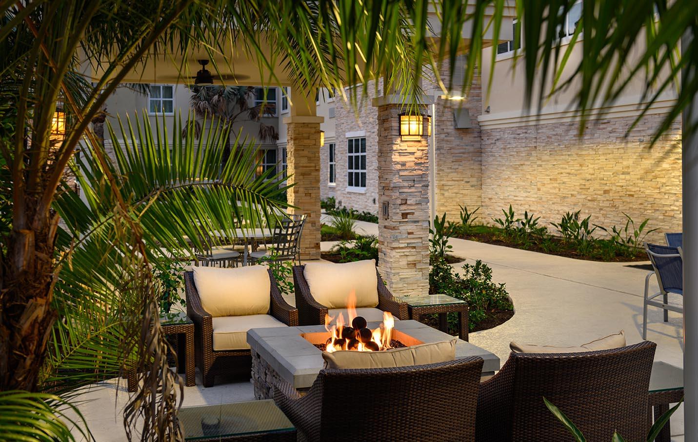 Staybridge Suites firepit patio