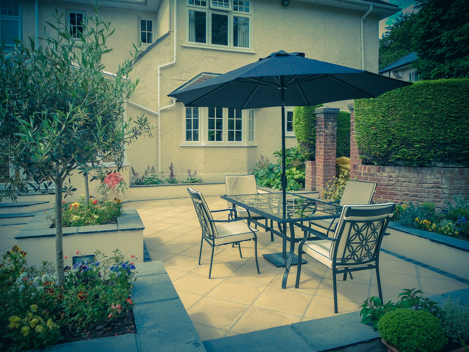 Image of Italian Garden with Outside Dining Area