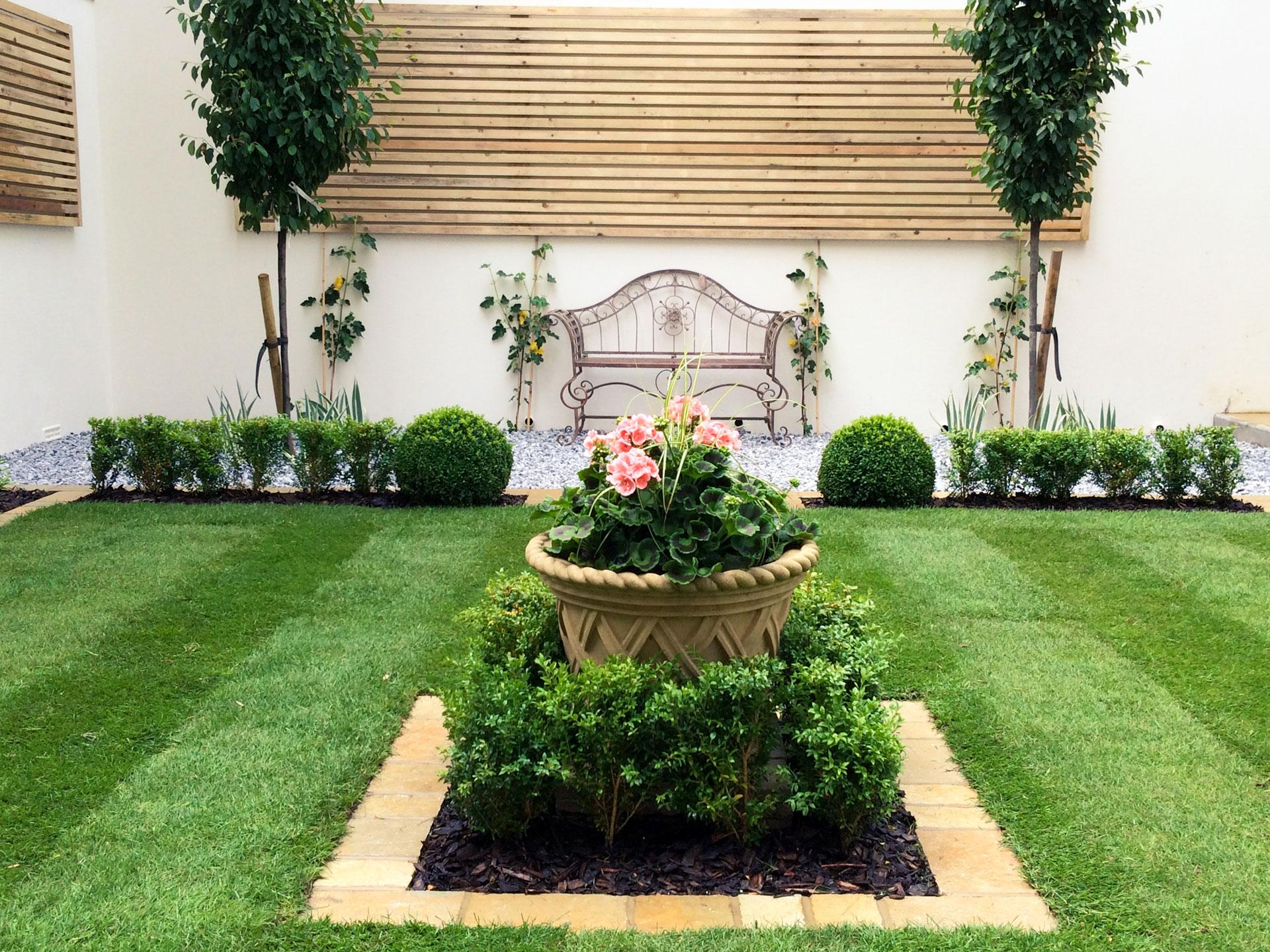 Formal Garden Professional